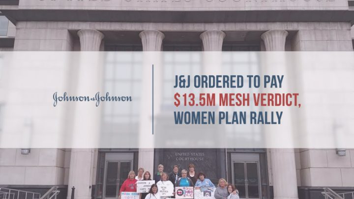 Women in front of courthouse hold Mesh awareness signs