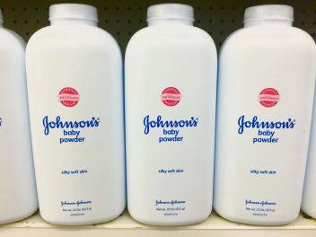 Johnson Johnson Loses 37 2m In Talcum Powder Cancer Case